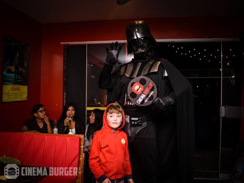 inauguracion-cinemaburger006