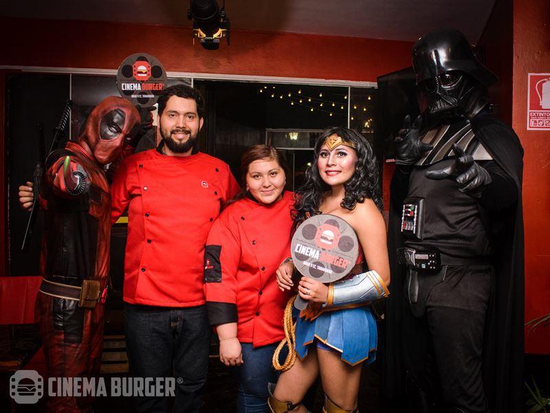 inauguracion-cinemaburger025