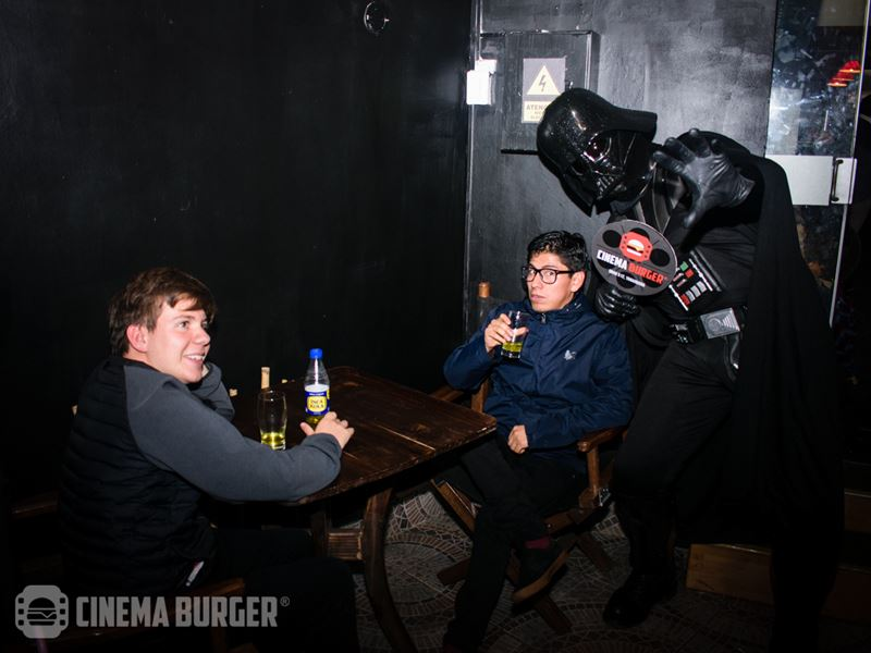 inauguracion-cinemaburger007